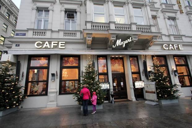 cafe-mozart-vienna-3316