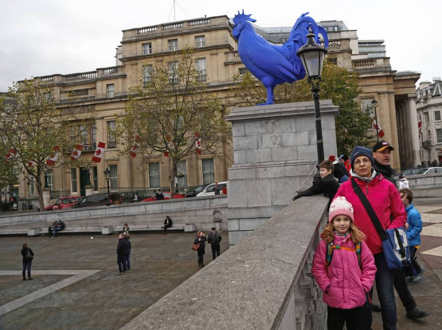 blue rooster, Trafalgar Square