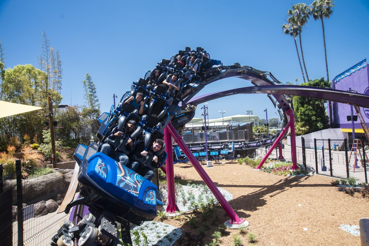 SeaWorld San Diego guests are feeling the power of the ocean this summer with the launch of the park's all-new Tidal Twister roller coaster.  This horizontal, figure-8, dueling coaster—the first of its kind in the world—opened the public on May 24.