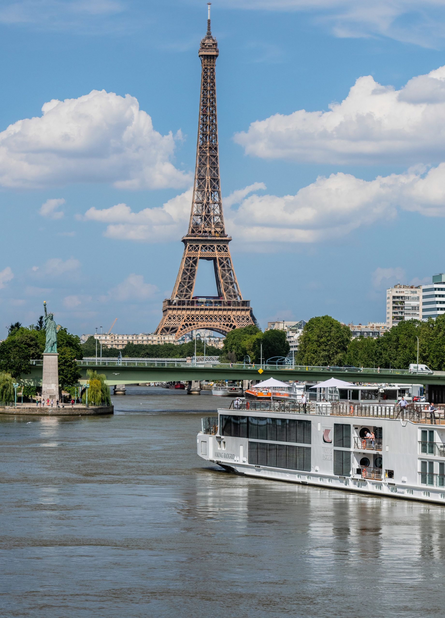 Viking has launched four new Viking Longships that are purpose-built specifically to navigate the Seine River. Hosting 168 guests in 84 staterooms, Viking Kari, Viking Radgrid, Viking Skaga and Viking Fjorgyn dock at Viking's exclusive docking location in the center of Paris, just a short walking distance from the Eiffel Tower.