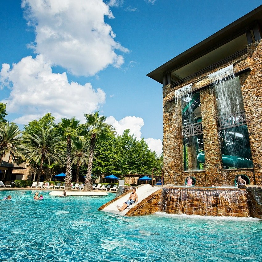 A mommy daughter vacation in puerto rico for Best hotel pools