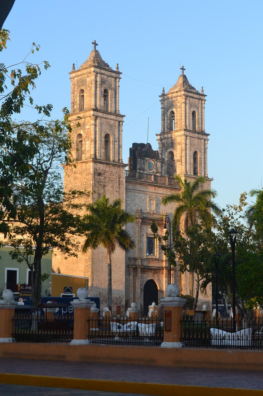 valladolid mexico viajar a la riviera maya