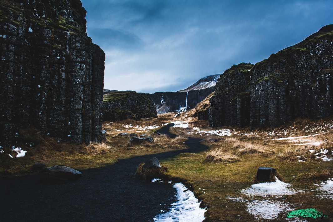 columnas basalticas dverghamrar y Foss á Siðu