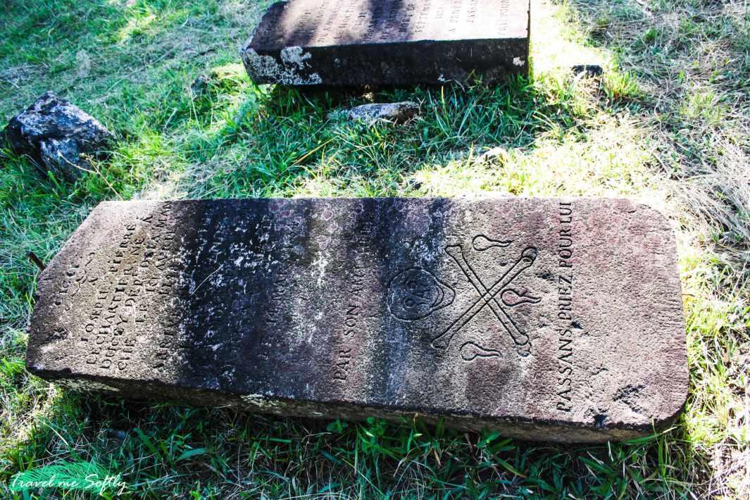 tumba de Joseph Pierre Lechartier cementerio pirata