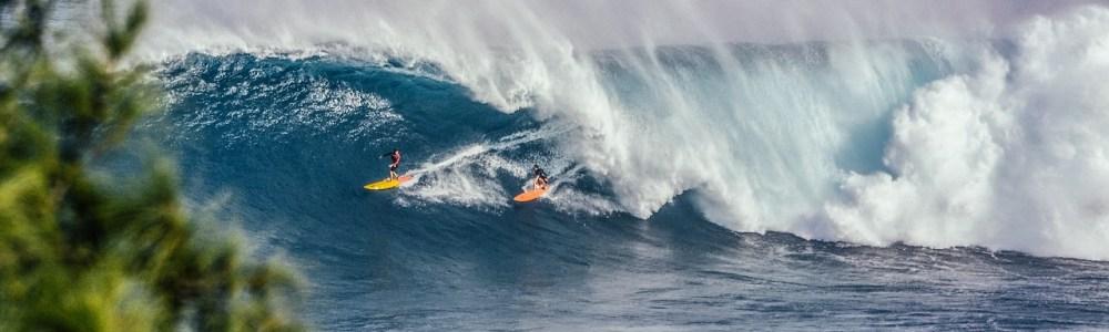 4 rincones del mundo para iniciarte en el surf mientras viajas