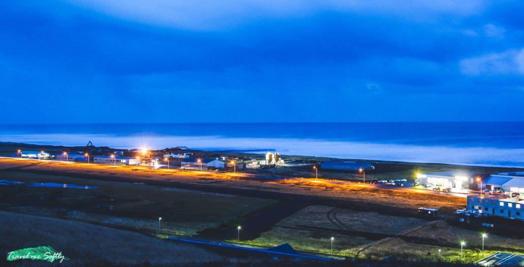 imágenes de islandia vik al anochecer
