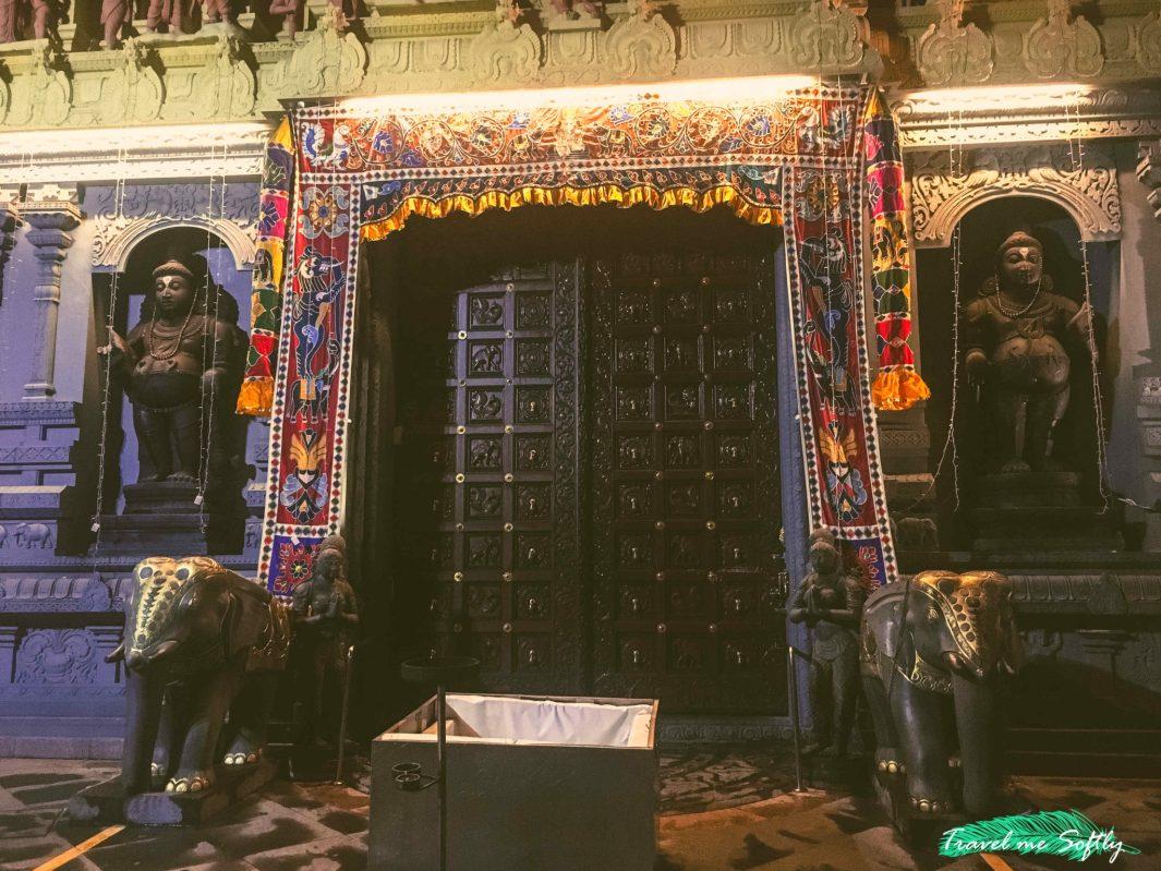 Sri Senpaga Vinayagar Temple portico