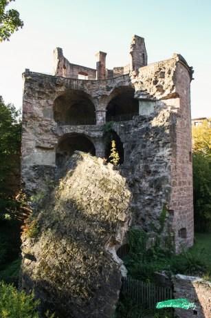 Ruinas torre castillo de Heidelberg_partida a la mitad 2