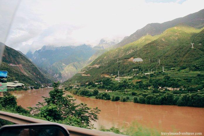 Gola-del-Salto-della-Tigre-Cina-Yunnan come arrivare