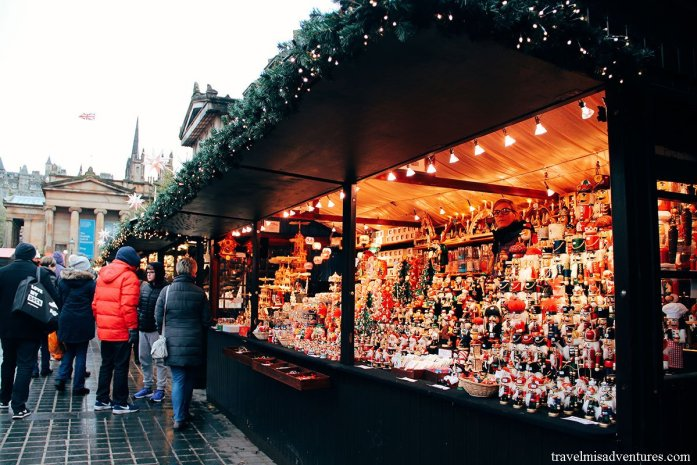 mercatini-natale-Edinburgo-Scozia