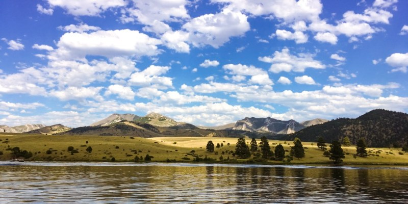 One of the best times to visit Montana is in the summer for lake activities.
