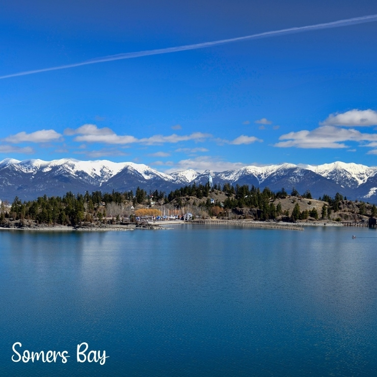 Somers Bay on Flathead Lake in the Glacier Country region of Montana is a great place to find a cabin or hotel near Glacier National Park.