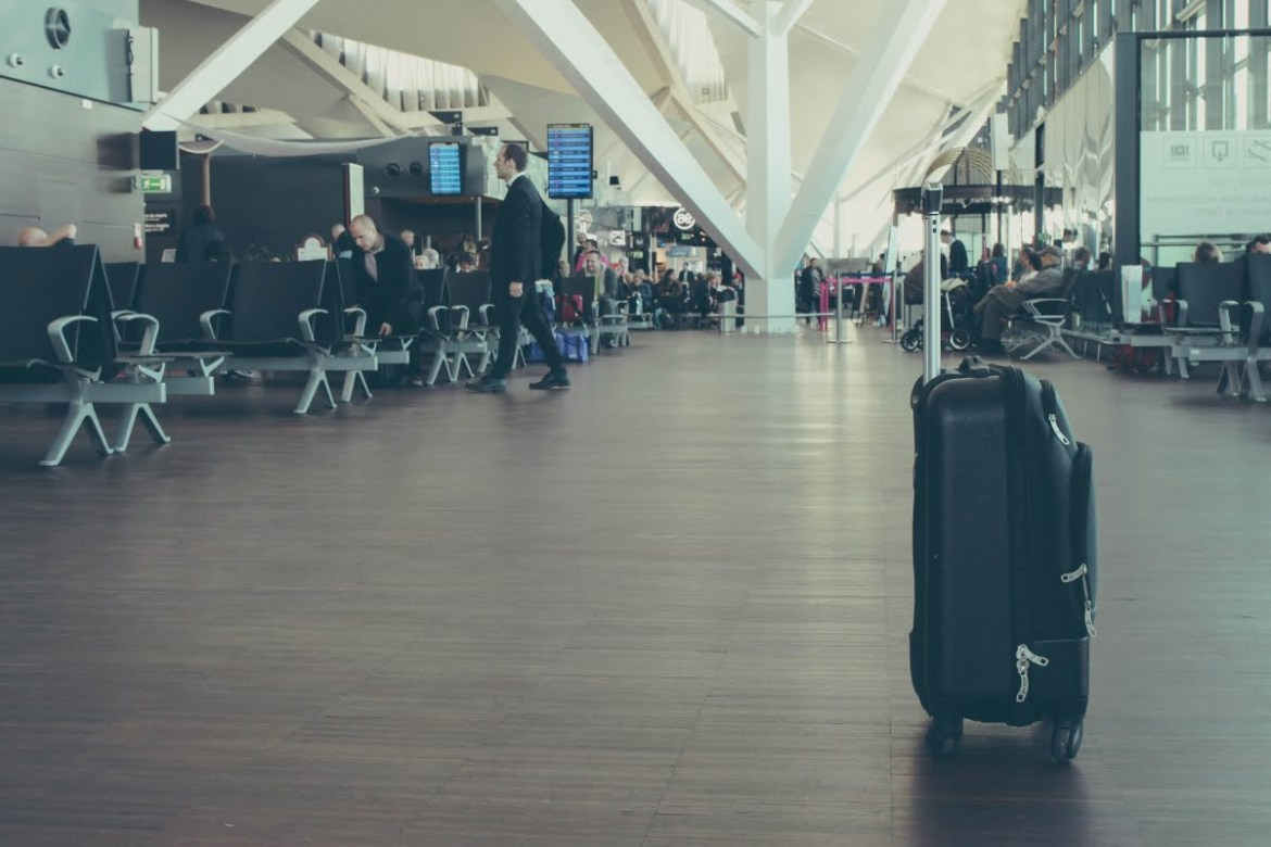 how to spend time at the airport