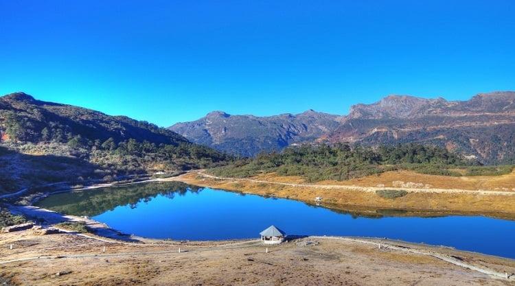 Pt Tso Lake
