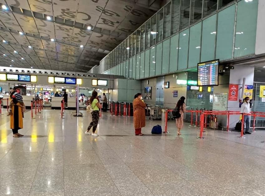 Kolkata Resume Domestic Flight