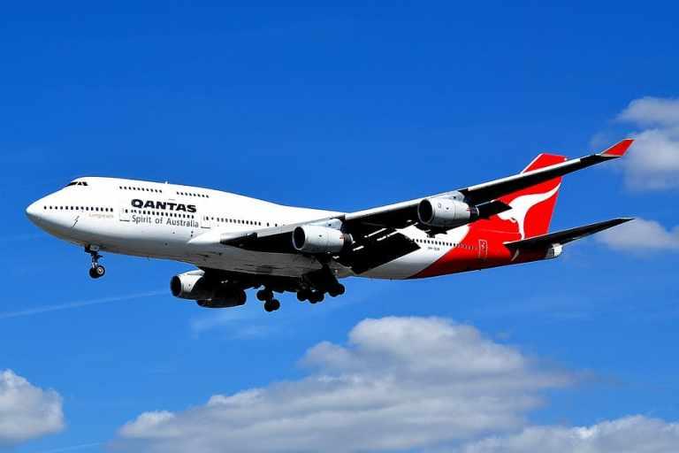 Australian airlines to start domestic flights