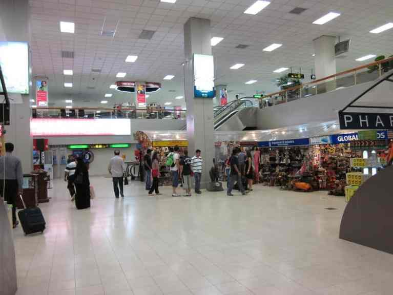 Sri Lanka postpone re-opening Colombo Airport