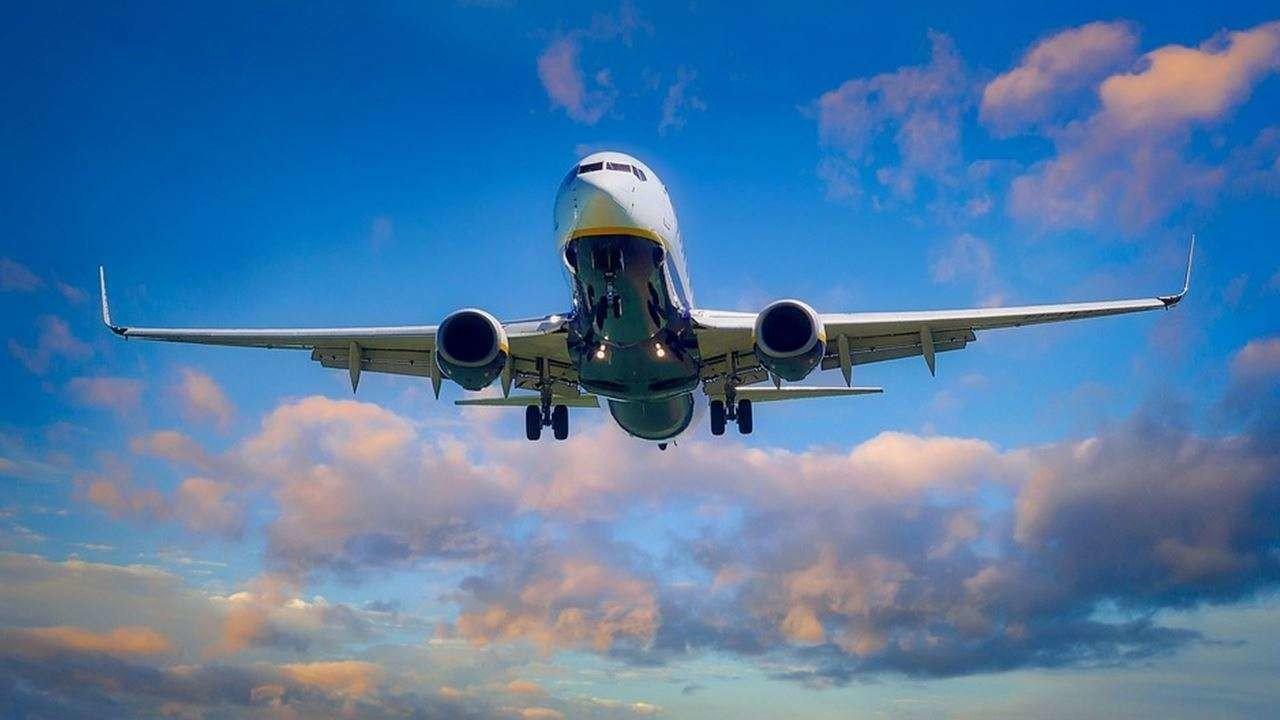 India Extend International Flight Suspension