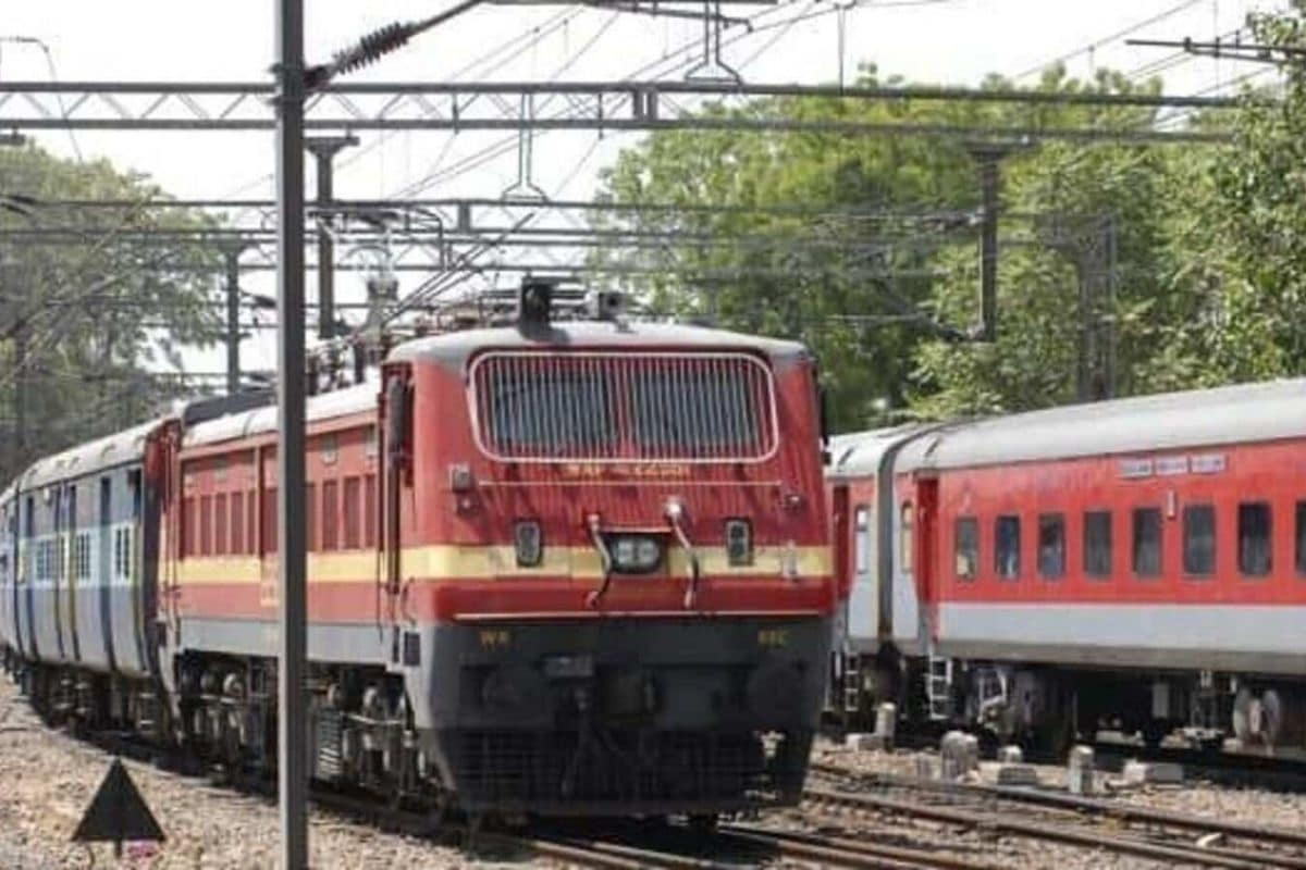 Railways Cancel 119 Trains