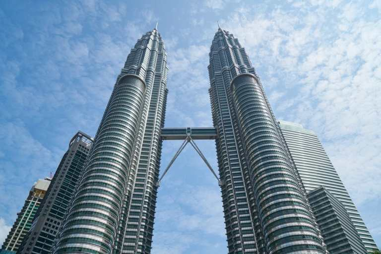 Malaysia Lifts Travel Restrictions