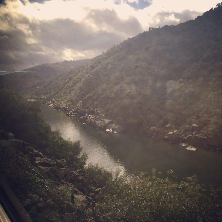 train douro river portugal