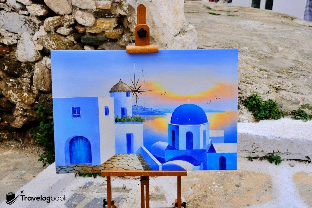 小店展示的畫作,把主要景色共冶一爐。