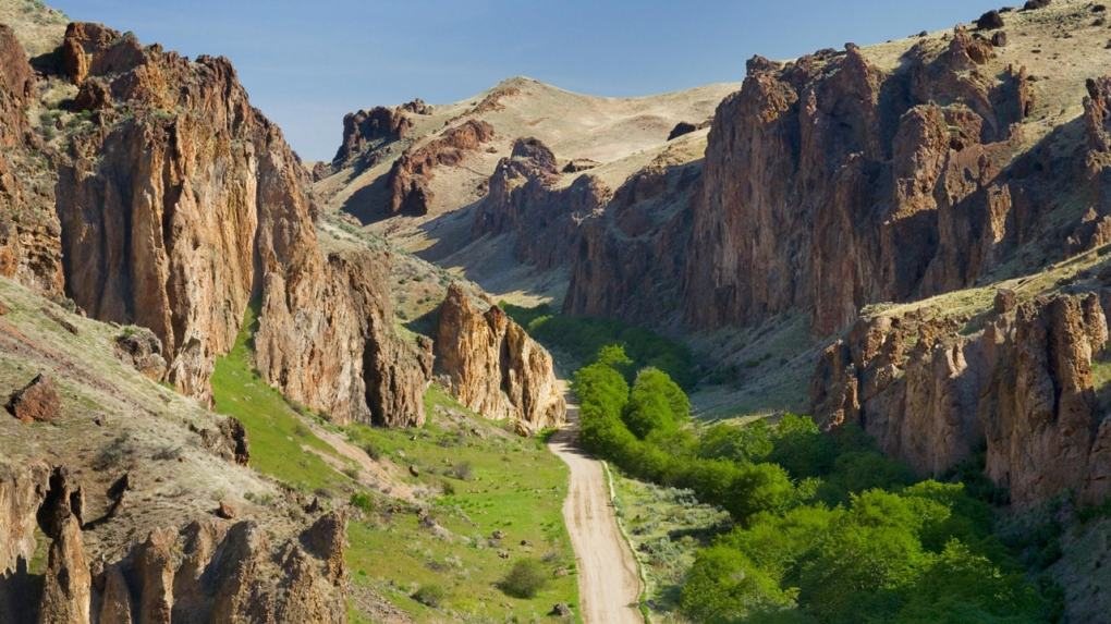 A Hiker's Guide to the Owyhee Canyonlands - Travel Oregon