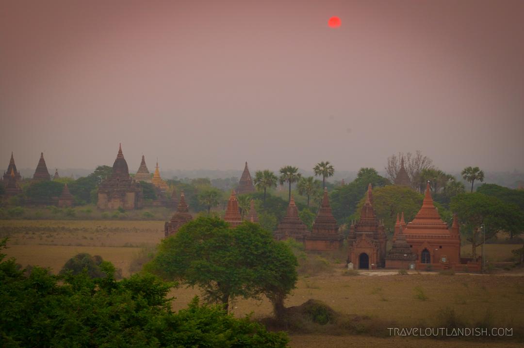 Bagan - Sunrise at Bagan 4