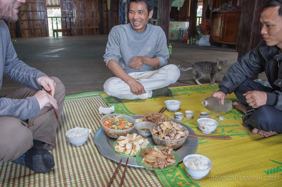 Vietnam-Ha-Giang-Vietnamese-Food