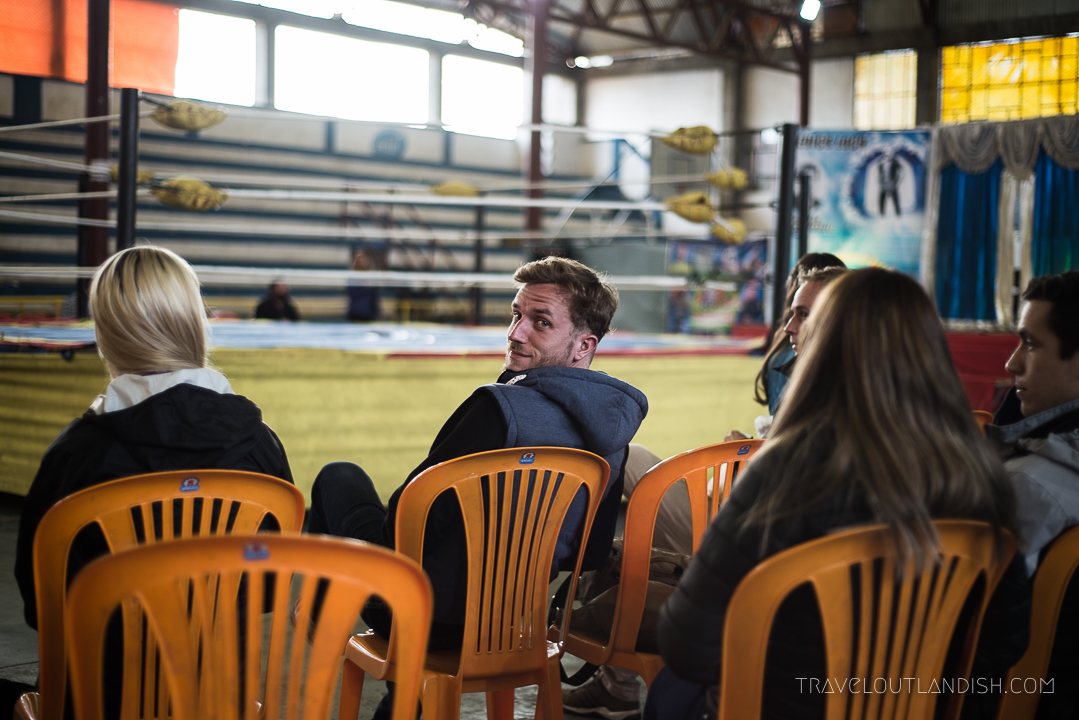 Cholitas Wrestling - Daniel waiting for the Match