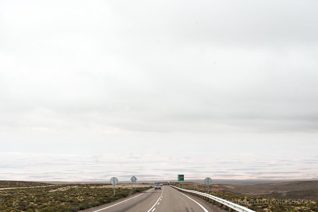 Salar de Uyuni Tours - Crossing to Chile