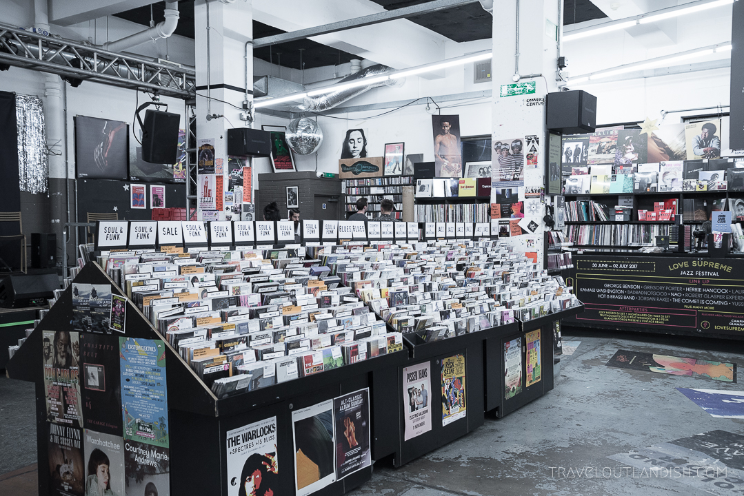 Unique Things to do in London - Shop Vinyl