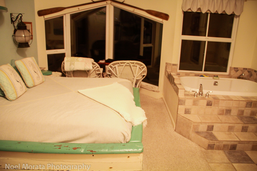 Boathouse guest room with  honeymoon features