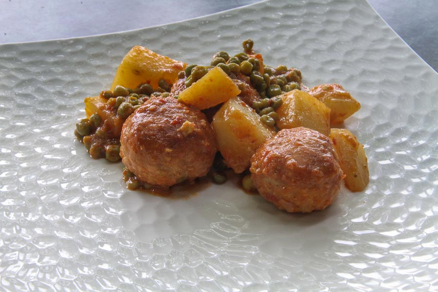 Italian meatballs with Bolognese sauce from Podere San Giuliano