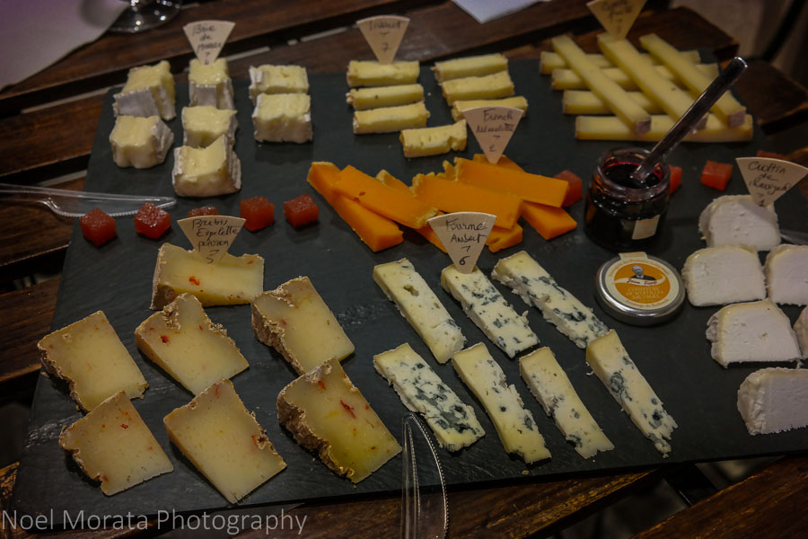 Visiting Paris: 10 tips and suggestions - Cheese tasting in Paris