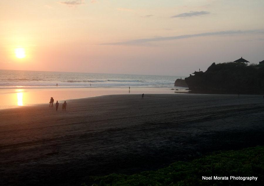 Sunset along the coastline of Alila Soori