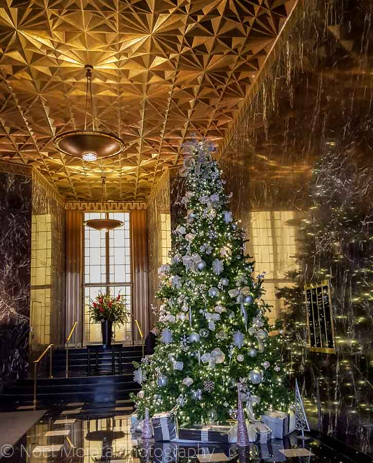 Christmas in San Francisco's financial district