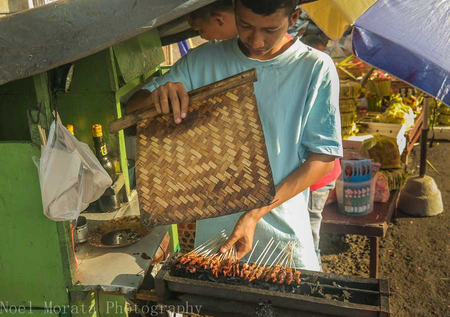 Satay vendor, markets in Bali - Top food destinations