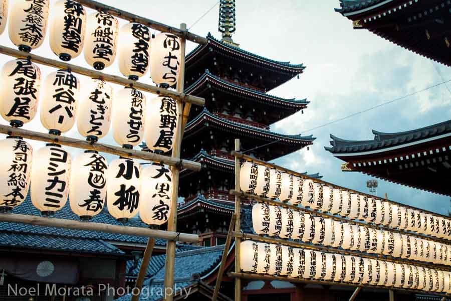 Exploring Senso-Ji in Asakusa