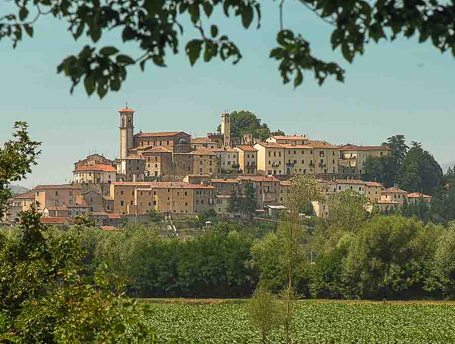 Tuscany villa stay Boomer international bucket list travel