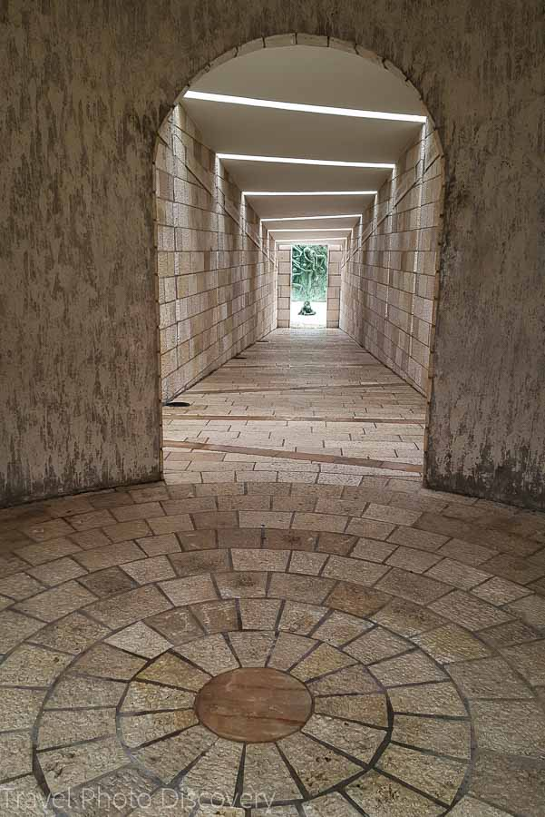 Entry tunnel to Holocaust Memorial Miami Beach