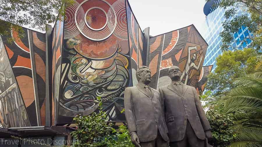 Touring Mexico City Tours by Locals Pt2 Polyforum Siquieros