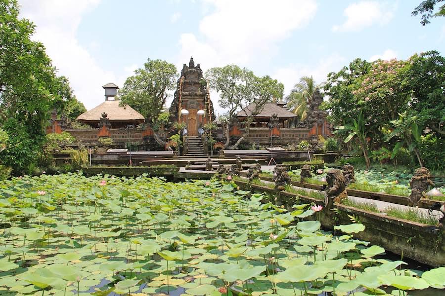 Pura Taman Saraswati Temple in Ubud