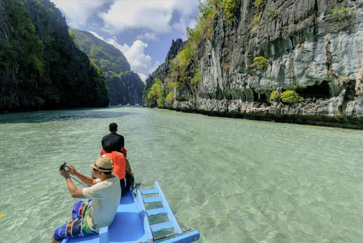 Cruising through the Big Lagoon, El Nido