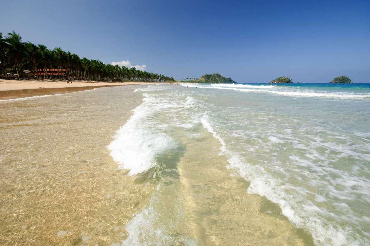 El Nido's pristine Nacpan Beach