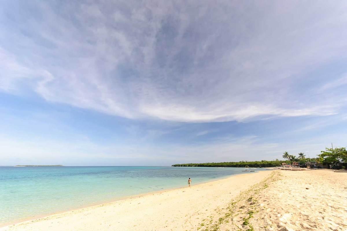 Hilantagaan Island's western beach, Bantayan Island