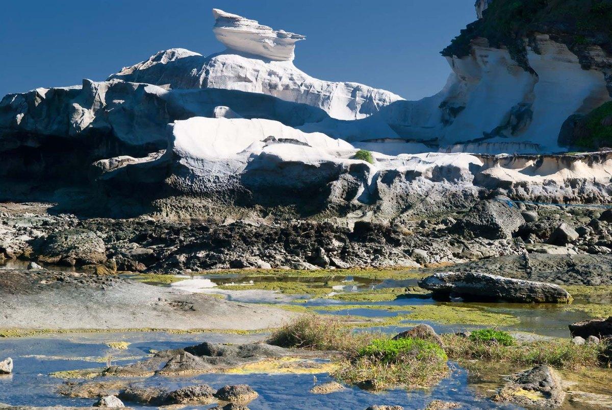 The Kapurpurawan Rock Formation