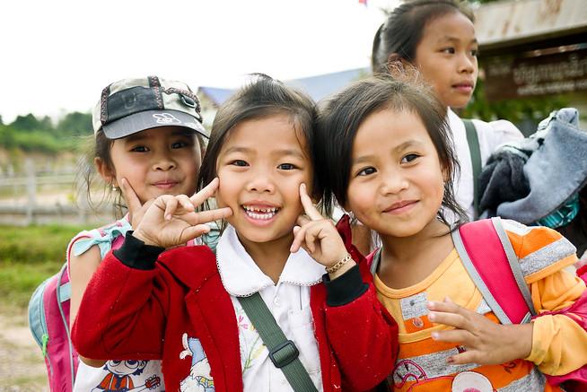 laos children
