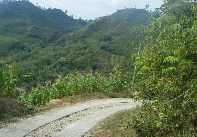 Guatemalan Sketchy Road