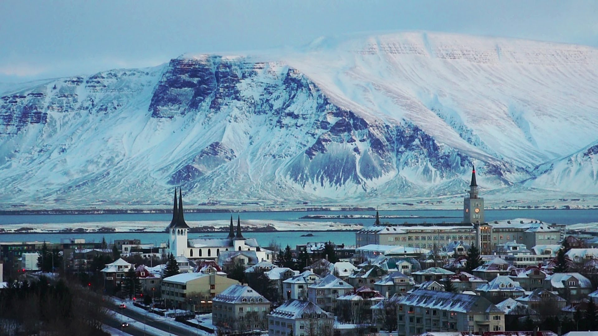 Fly To Iceland From $99.99 One-Way And Get A Fabulous Seven Night Hotel Stay For FREE!